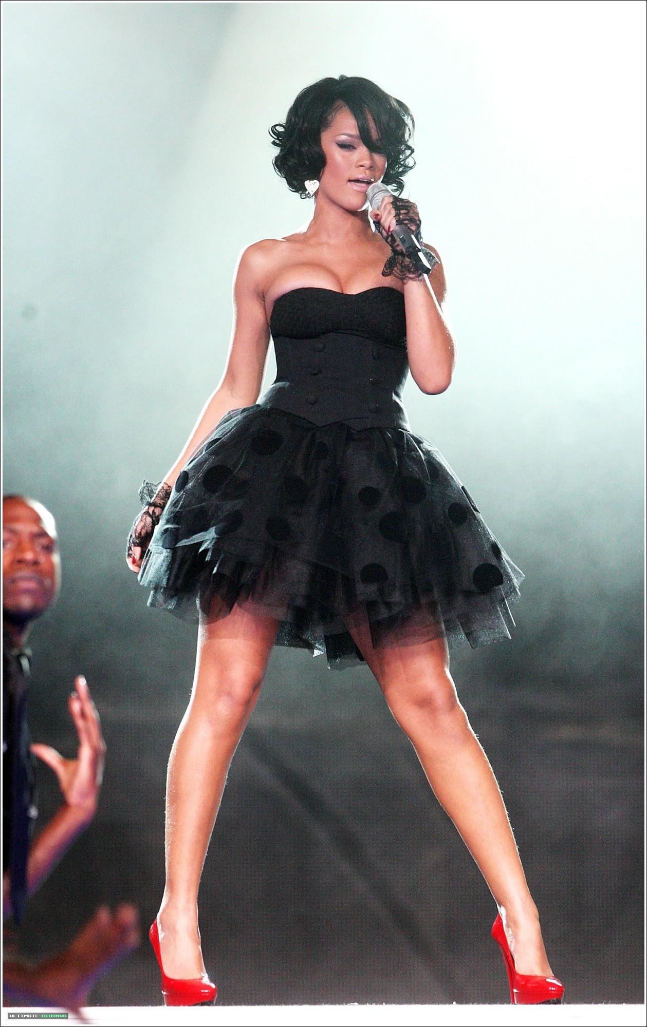 Rihanna S Sexy Black Arse Jackinchat Free Masturbation