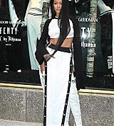 Rihanna_NYC_Puma_PopUp_077.jpg