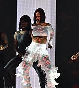 Rihanna_BRITS_performance_0005.jpg