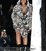 Rihanna_Fenty_Puma_SHow_Feb_12_2016_002.jpg