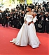 Rihanna_Okja_Cannes_Festival_May_19_2017_0362.jpg