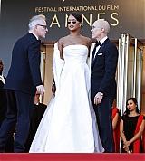 Rihanna_Okja_Cannes_Festival_May_19_2017_0820.jpg
